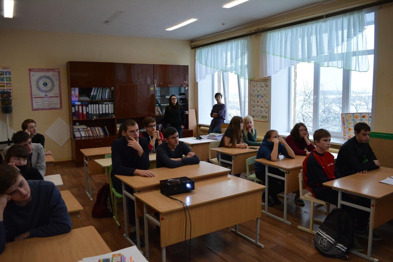 В дни школьных каникул сотрудники благотворительного фонда «Независимость» провели профилактическую беседу с учащимися.