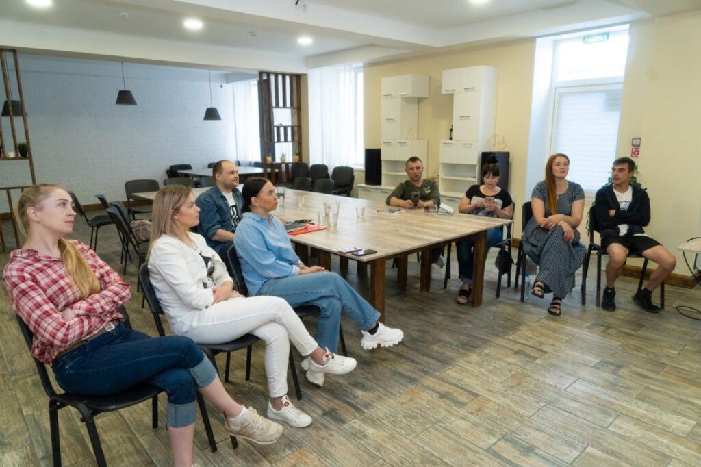 Обучение волонтёров НКО экспресс тестированию на ВИЧ инфекцию