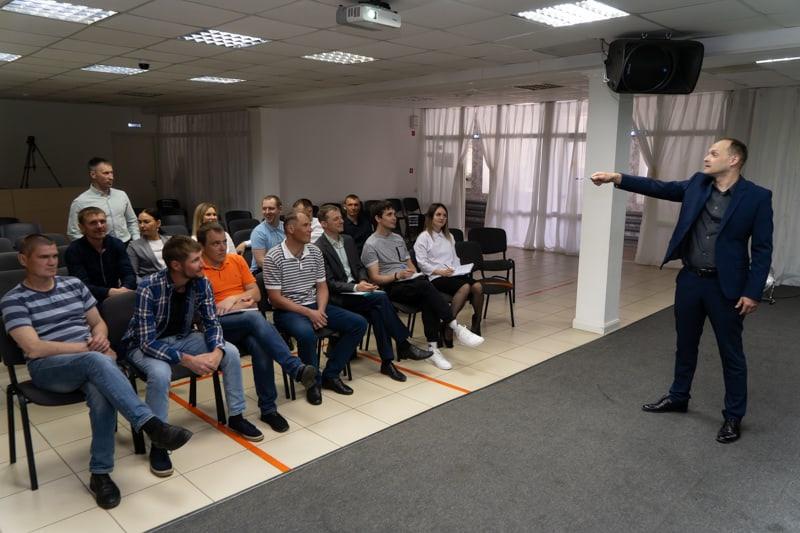 Целевое обучение сотрудников НКО и людей, преодолевающих зависимости